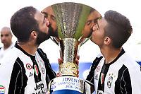 Gonzalo Higuain and Paulo Dybala Kiss the trophy <br /> Esultanza Juventus Campione d'Italia . Celebration Juventus Italian championship winner <br /> Torino 21-05-2017 Juventus Stadium Football Calcio Serie A 2016/2017 Juventus - Crotone .<br /> Foto Insidefoto