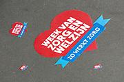 Koningin Maxima bezoekt de zorginstelling Avoord Zorg en Wonen in Etten-Leur. Zij deed dit in het kader van de Nationale Week van Zorg en Welzijn. /////  Queen Maxima visits the health care Avoord Care and Living in Etten-Leur. They did this in the context of the National Week of Health and Welfare.