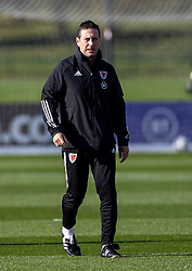 CARDIFF, WALES - Wednesday, October 7, 2020: Wales' head of performance Tony Strudwick during a training session at the Vale Resort ahead of the International Friendly match against England. (Pic by David Rawcliffe/Propaganda)