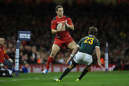 George North of Wales catches a high ball. Autumn International rugby, 2013 Dove men series, Wales v South Africa at the Millennium Stadium in Cardiff,  South Wales on Saturday 9th November 2013. pic by Andrew Orchard, Andrew Orchard sports photography,