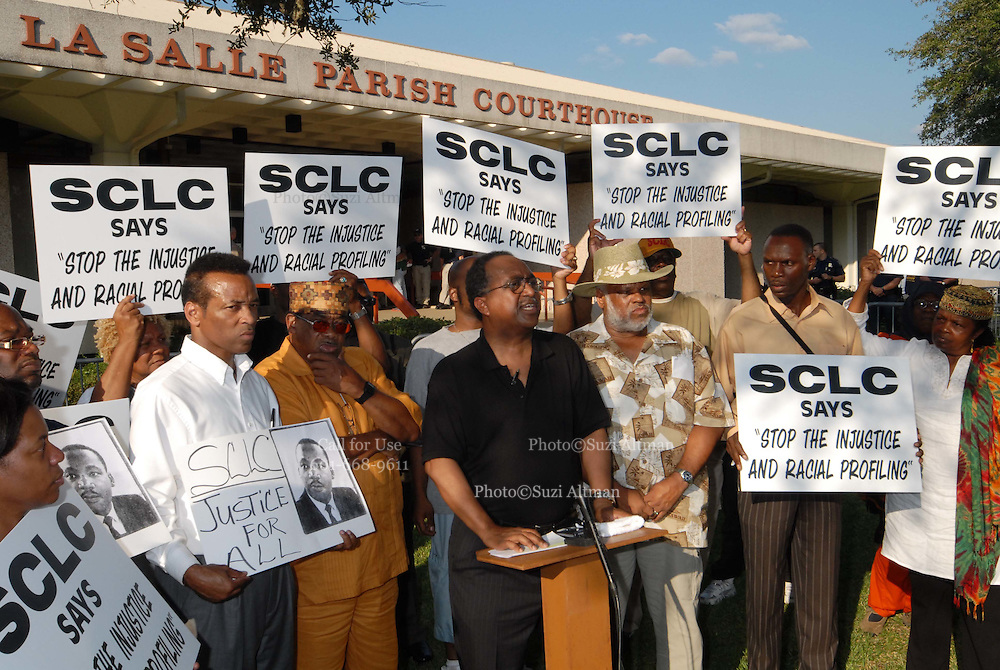 The president of the Southern Christian Leadership Conference (SCLC) Charles Steele,Jr. speaks outside the  the LaSalle Parish court house in Jena, Louisana Wednesday Sept 19 ,2007. The SCLC is calling for the resignation of the District Attorney of Jena, because of the treatment of the black youths involved in this case and is enrages by the injustice.(Photo/© Suzi Altman)
