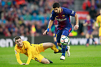 FC Barcelona's Luis Suarez (r) and Atletico de Madrid's Lucas Hernandez during La Liga match. March 4,2018. (ALTERPHOTOS/Acero)