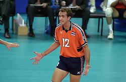 19-09-2000 AUS: Olympic Games Volleybal Nederland - Australie, Sydney<br /> Nederland wint vrij eenvoudig van Australie met 3-0 / Peter Blange