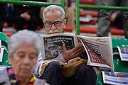 DESCRIZIONE : Eurolega Euroleague 2015/16 Group D Dinamo Banco di Sardegna Sassari - Brose Basket Bamberg<br /> GIOCATORE : Tifosi Pubblico Spettatori<br /> CATEGORIA : Curiosità<br /> SQUADRA : Dinamo Banco di Sardegna Sassari<br /> EVENTO : Eurolega Euroleague 2015/2016<br /> GARA : Dinamo Banco di Sardegna Sassari - Brose Basket Bamberg<br /> DATA : 13/11/2015<br /> SPORT : Pallacanestro <br /> AUTORE : Agenzia Ciamillo-Castoria/L.Canu
