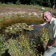 Dhr Sieval in de Heemtuin Blaricum bij de libellevijver