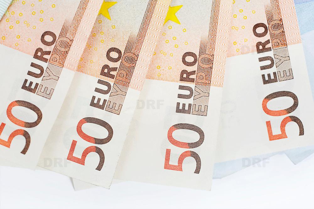 Nederland Barendrecht 29 maart 2009 20090329 Foto: David Rozing ..bankbiljetten, valuta, betaalmiddel, 50, vijftig. kosten,papiergeld,biljet,biljetten,bankbiljet,bankbiljetten,eurobiljet,eurobiljetten, betaalmiddelen,recessie, kredietcrisis, economie,.money , euro stockbeeld, stockfoto, stock, studio opname, illustratie.Foto: David Rozing