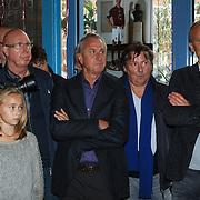 NLD/Amsterdam/20131018 - Boekpresentatie Dennis Bergkamp, Dennis Bergkamp en Johan Cruijff