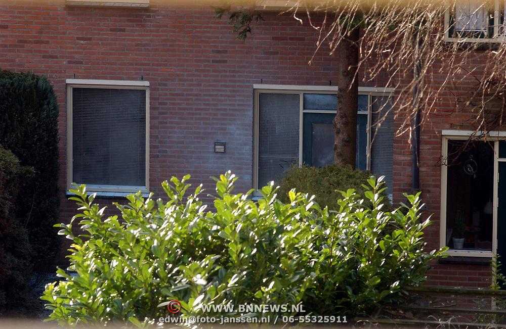Verdacht poeder gevonden Krib 13 Huizen