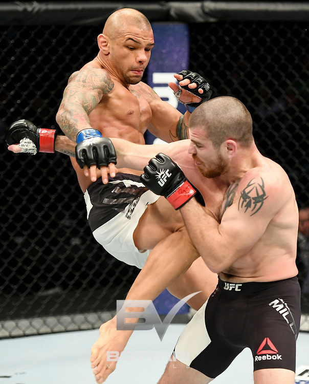 NEW YORK, NY - NOVEMBER 12:  Thiago Alves of Brazil (left) fights against Jim Miller of the United States in their lightweight bout during the UFC 205 event at Madison Square Garden on November 12, 2016 in New York City.  (Photo by Jeff Bottari/Zuffa LLC/Zuffa LLC via Getty Images)