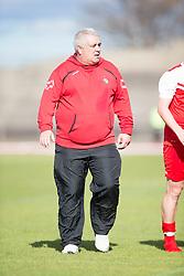 Brora Rangers manager David Kirkwood at the end. <br /> Edinburgh City 1 v 1 Brora Rangers, 1st leg, Pyramid Playoffs at Meadowbank, 25/4/2015.
