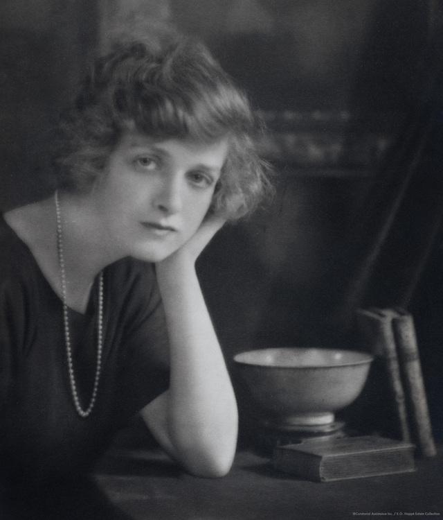 Gladys Cooper, actress, England, UK, 1921