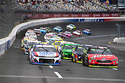 September 28-30, 2018. Charlotte Motorspeedway, Start of the ROVAL400, led by 47 AJ Allmendinger, Kroger ClickList, Chevrolet, JTG Daugherty Racing, 41 Kurt Busch, Haas Automation/Monster Energy, Ford, Stewart-Haas Racing