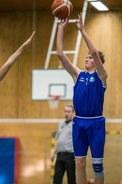 STOCKHOLM 200105<br /> Bilder från lördagens matcher i Stockholmsserien mot Järfälla.<br /> <br /> Foto: Per Danielsson/Projekt.P
