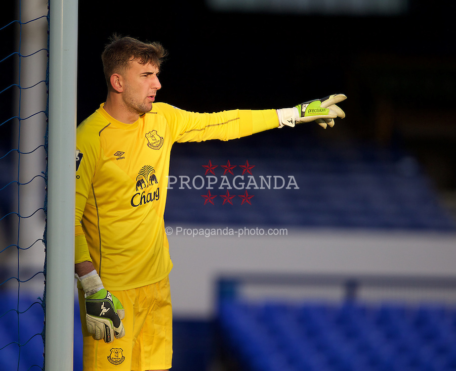 LIVERPOOL, ENGLAND - Thursday, April 30, 2015: Everton's goalkeeper Russell Griffiths during the Under 21 FA Premier League match against Liverpool at Goodison Park. (Pic by David Rawcliffe/Propaganda)