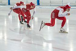 10-12-2016 NED: ISU World Cup Speed Skating, Heerenveen<br /> Team sprint Polen Nogal, Michalski, Klosinski