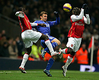 Photo: Tom Dulat/Sportsbeat Images.<br /> <br /> Arsenal v Chelsea. The FA Barclays Premiership. 16/12/2007.<br /> <br /> Chelsea's Andriy Shevchenko reaches for the ball between Arsenal's Emmanuel Eboue (L) and Bacary Sagna (R)