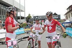 01.06.2014, Bullentaele, Albstadt, GER, UCI Mountain Bike World Cup, Cross Country Damen, im Bild Alexandra Engen Schweden Elisabeth Osl Oesterreich Kathrin Leumann Schweiz // during Womens Cross Country Race of UCI Mountainbike Worldcup at the Bullentaele in Albstadt, Germany on 2014/06/01. EXPA Pictures © 2014, PhotoCredit: EXPA/ Eibner-Pressefoto/ Langer<br /> <br /> *****ATTENTION - OUT of GER*****