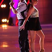 NLD/Hilversum/20130112 - 4e Liveshow Sterren Dansen op het IJs 2013, Christophe Haddad en schaatspartner Lauren Farr