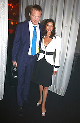 TERI HATCHER and PAUL BETTANY at the 2006 Glamour Women of the Year Awards 2006 held in Berkeley Square Gardens, London W1 on 6th June 2006.<br /><br />NON EXCLUSIVE - WORLD RIGHTS