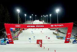 17.12.2018, Grand Risa, La Villa, ITA, FIS Weltcup Ski Alpin, im Bild Übersicht auf die Rennstrecke // Overview of the Slope during the FIS ski alpine world cup at the Grand Risa in La Villa, Italy on 2018/12/17. EXPA Pictures © 2018, PhotoCredit: EXPA/ Johann Groder