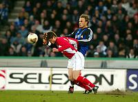 Fotball - Belgia - 05.04.2003<br /> Brugge v RAEC Mons<br /> Bengt Sæternes scoret tre mål for Brugge<br /> Thaddee Gorniak - Mons<br /> Foto: Jimmy Bolcina, Digitalsport