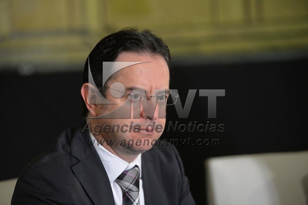 Toluca, México (Enero 23, 2018).- Gerardo Urbán, directo de la OFIT anuncio la temporada del décimo aniversario de la Orquesta Filarmónica de Toluca, en donde se presentaran Óperas de nivel internacional, espectáculos visuales innovadores, y conciertos delegacionales.  Agencia MVT / Crisanta Espinosa.