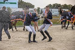 Podium Young Riders, Moerings Bas, Van de Mheen Elise, Dings Vincent<br /> Nederlands Kampioenschap Springen<br /> De Peelbergen - Kronenberg 2020<br /> © Hippo Foto - Dirk Caremans<br />  09/08/2020