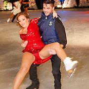 NLD/Utrecht/20121218 - Perspresentatie Sterren Dansen op het IJs 2013, Zimra Geurts en schaatspartner Alexis