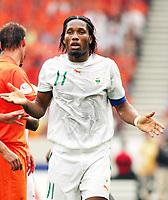 Photo: Chris Ratcliffe.<br /> Holland v Ivory Coast. Group C, FIFA World Cup 2006. 16/06/2006.<br /> Didier Drogba of Ivory Coast.