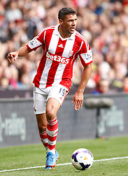 Stoke City's Jonathan Walters - Photo mandatory by-line: Matt Bunn/JMP - Tel: Mobile: 07966 386802 14/09/2013 - SPORT - FOOTBALL -  Britannia Stadium - Stoke-On-Trent - Stoke City V Manchester City - Barclays Premier League