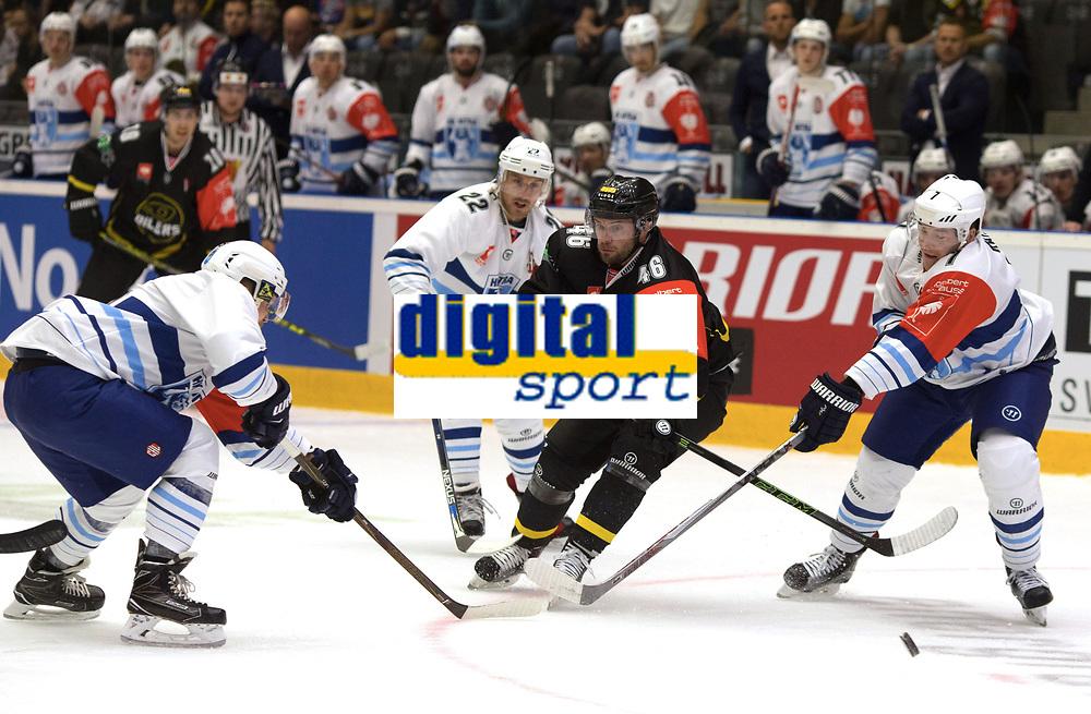 Champions League Ice Hockey, 18. august 2016 ,  Stavanger Oilers v HK Nitra<br />Dan Kissel of Stavanger Oilers in action v HK Nitra<br />Foto: Andrew Halseid Budd , Digitalsport