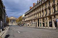 France, Paris (75), Rue Royale et église de la Madeleine  durant le confinement du Covid 19 // France, Paris, Royale street and Madeleine street during the containment of Covid 19