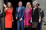 Uitreiking Prins Claus Prijs 2016 in het Koninklijk Paleis in Amsterdam.<br /> <br /> Op de foto:  Koningin Maxima, koning Willem-Alexander, prinses Mabel en prinses Laurentien ////  Queen Maxima, King Willem-Alexander, Princess Mabel and Princess Laurentien