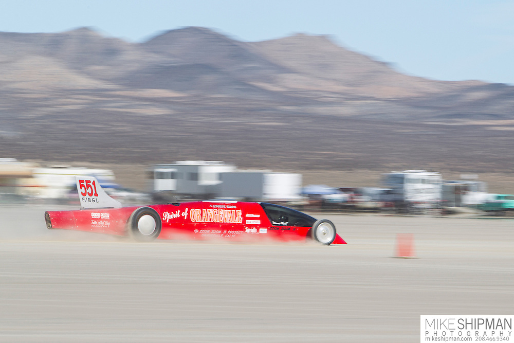 Zoom Zoom Racing, 551, eng F, body BGL, driver Donnie Hicks, 200.965 mph, previous record 197.710