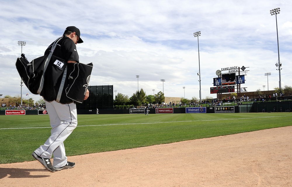 GLENDALE, AZ - FEBRUARY 28:  Paul Konerko #14 of the Chicago White Sox walks off the field during the game against the Los Angeles Dodgers on February 28, 2014 at The Ballpark at Camelback Ranch in Glendale, Arizona. (Photo by Ron Vesely)   Subject: Paul Konerko