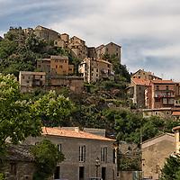 Corte, the birthplace of Joseph-Napoléon Bonaparte, is located in the heart of corsica.