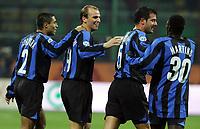 20/11/2005<br /> <br /> Inter Parma 2-0<br /> <br /> Mattias Cambiasso (secondo da sin) festeggiato dai compagni di squadra dopo aver realizzato il secondo gol contro il Parma<br /> <br /> Inter Esteban Cambiasso (L2) celebrate after scoring with his teammates Ramiro Cordoba (L) Dejan Stankovic (R2) and Obafemi Martins (R)<br /> <br /> Photo Milanofoto/Graffiti
