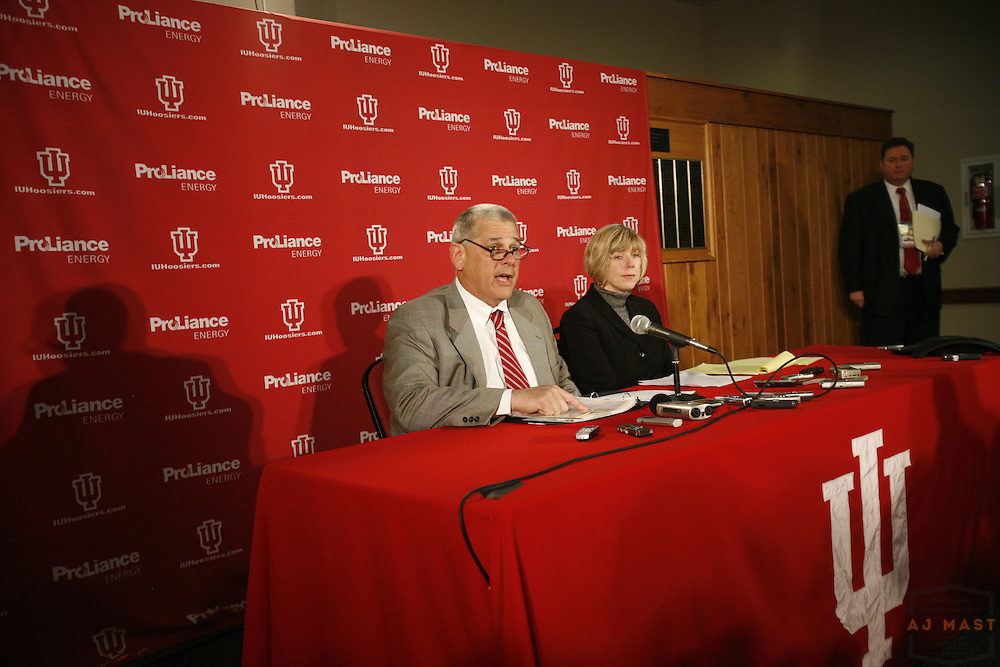 22 February 2008:Indiana Athletic Director Rick Greenspan addresses the media after accepting the resignation of head coach Kelvin Sampson in Bloomington, Ind.