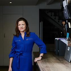 Fanny Letier, Geneo co-founder, posing in her house. Paris, France. November 2, 2019. <br /> Fanny Letier, cofondatrice de Geneo, prenant la pose chez elle. Paris, France. 2 novembre 2019.