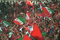 Liverpool-svingen. Vålerenga - Liverpool 1-1. Treningskamp. Oppvisningskamp. Tine Festival 2000. 10. august 2000. (Foto: Peter Tubaas/Fortuna Media)
