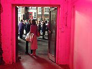 Protest & Survive opening. Whitechapel. 14 September 2000. © Copyright Photograph by Dafydd Jones 66 Stockwell Park Rd. London SW9 0DA Tel 020 7733 0108 www.dafjones.com
