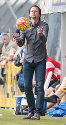 02.04.2016, Das Goldberg Stadion, Groedig, AUT, 1. FBL, SV Groedig vs SK Puntigamer Sturm Graz, 29. Runde, im Bild Trainer Peter Schoettel (SV Greodig) // during Austrian Football Bundesliga 29th round Match between SV Groedig and SK Puntigamer Sturm Graz at the Das Goldberg Stadion, Groedig, Austria on 2016/04/02. EXPA Pictures © 2015, PhotoCredit: EXPA/ JFK