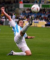 Photo: Alan Crowhurst. Brighton v Qpr, 18/09/2004, Coca-Cola Championship. Chris McPhee stretches for the ball.