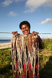 11.05.2010, Tavarua Island, Fidschi Inseln, FIJ, Tavarua Island, on Picture A local fisherman shows off her catch of octopus off of  TavaruaI Island, on the south west side of the Fijian Mamanucas Island Chain, EXPA Pictures © 2010, PhotoCredit: EXPA/ New Sport/ Scott Winer *** ATTENTION *** United States of America OUT!