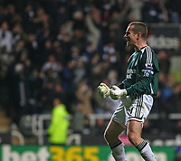 Photo: Andrew Unwin.<br /> Newcastle United v Reading. The Barclays Premiership. 06/12/2006.<br /> Newcastle's Shay Given celebrates as his team take the lead.
