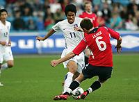 Fotball / Football<br /> Privatlandskamp / Friendly match<br /> Norge v Sør-Korea 0-0<br /> Norway v Korea Republic 0-0<br /> 01.06.2006<br /> Foto: Morten Olsen, Digitalsport<br /> <br /> Ki-Hyeon Seol<br /> John Arne Riise