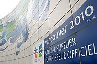 Feature / Reportasje<br /> OL 2010 Vancouver Canada<br /> Foto: Gepa/Digitalsport<br /> NORWAY ONLY<br /> <br /> Vorschau auf die Olympischen Winterspiele 2010 in Vancouver. <br /> <br /> Bild zeigt eine Wand beim Flughafen von Vancouver