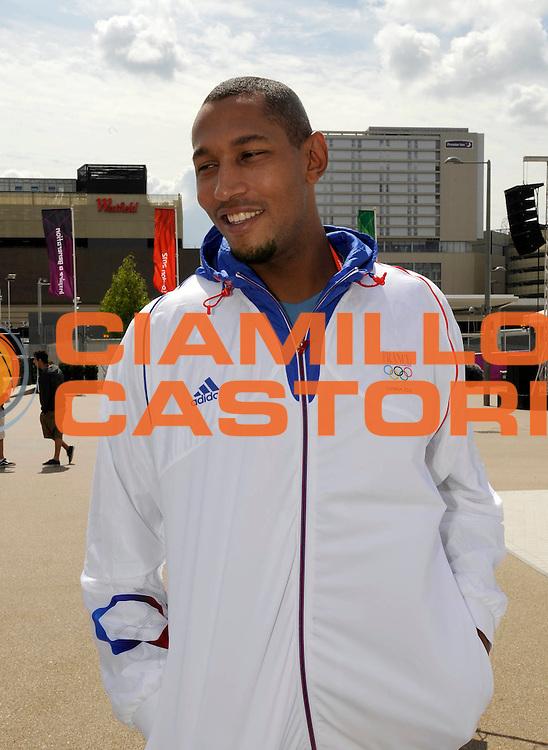 DESCRIZIONE : France Basketball Jeux Olympiques Londres <br /> GIOCATORE : DIAW Boris<br /> SQUADRA : France Homme<br /> EVENTO : FRANCE Basket Jeux Olympiques<br /> GARA : <br /> DATA : 30 07 2012<br /> CATEGORIA : Basketball Jeux Olympiques<br /> SPORT : BASKETBALL<br /> AUTORE : JF Molliere <br /> Galleria : France JEUX OLYMPIQUES 2012 Magazine<br /> Fotonotizia : France Basketball Jeux Olympiques Londres Village Olympique<br /> Predefinita :