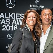 NLD/Amsterdam/20150602 - Talkies Terras award 2016, Ruud Gullit en partner Karin de Rooij