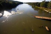Pitangui_MG, Brasil...Rio Para visto da BR 352 em Pitangui, Minas Gerais...The Para river view from the BR 352 in Pitangui, Minas Gerais...Foto: LEO DRUMOND / NITRO